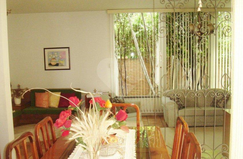 Padrão de 3 dormitórios à venda em Jardim Das Bandeiras, São Paulo - SP