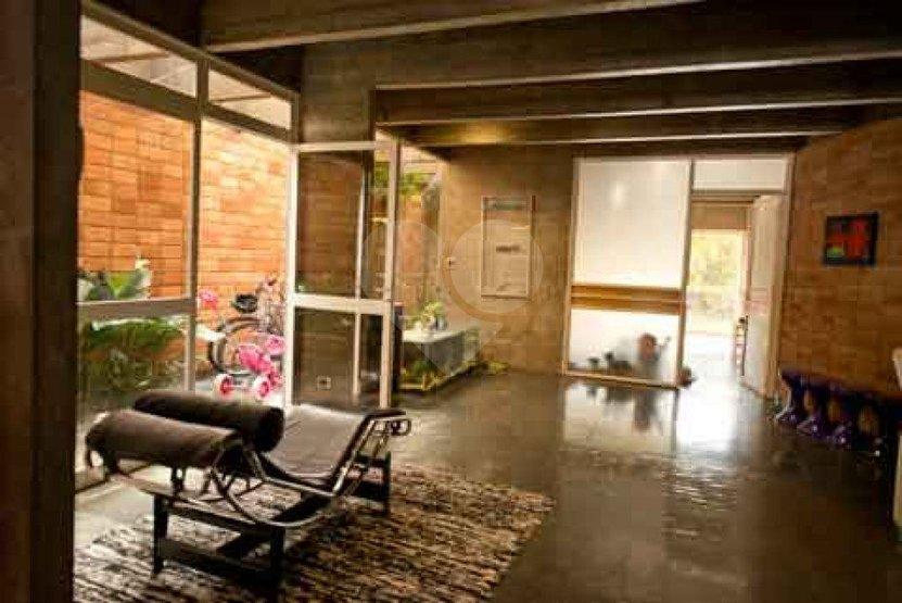 Casa de 3 dormitórios à venda em Vila Inah, São Paulo - SP