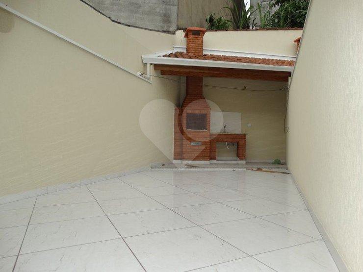 Casa de 3 dormitórios em Parque São Domingos, São Paulo - SP