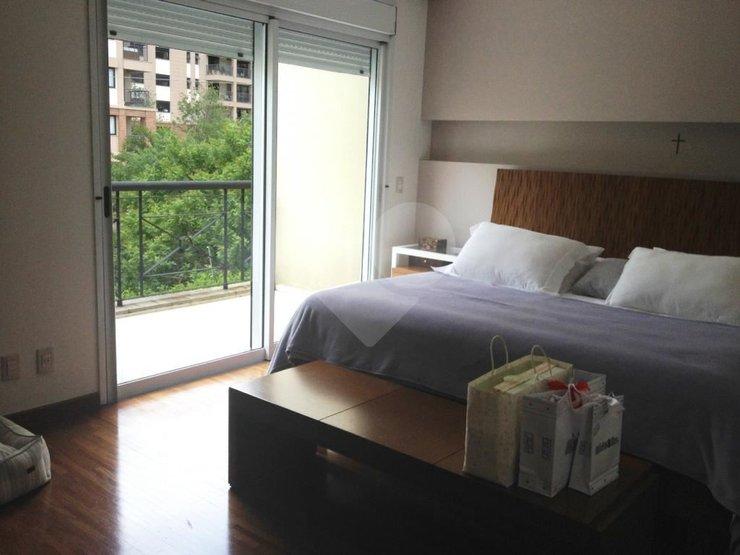Casa de 3 dormitórios à venda em Jardim Panorama, São Paulo - SP