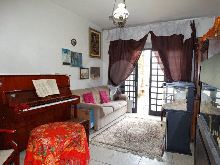 Casa de 2 dormitórios à venda em Vila Romana, São Paulo - SP