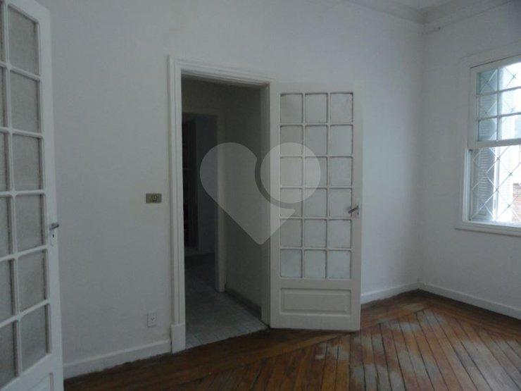 Padrão de 4 dormitórios à venda em Perdizes, São Paulo - SP