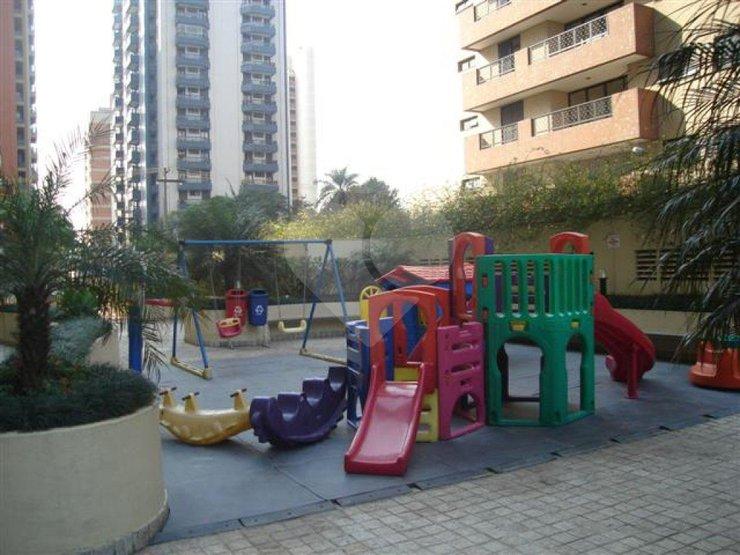 Apartamento de 2 dormitórios à venda em Alphaville Industrial, Barueri - SP