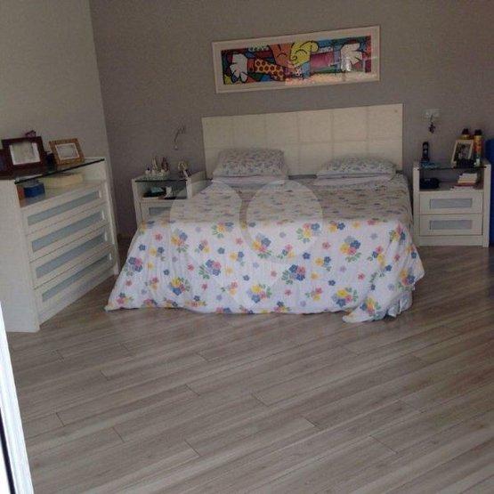 Casa de 5 dormitórios em Alphaville, Santana De Parnaíba - SP