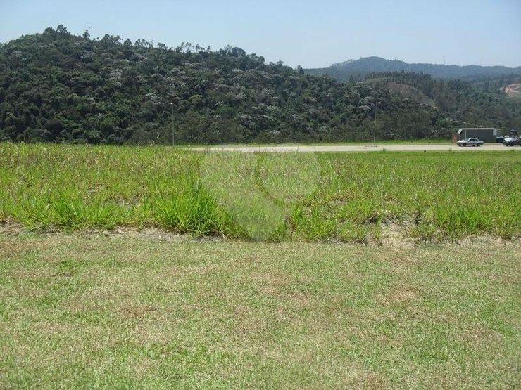 Terreno à venda em Tamboré, Santana De Parnaíba - SP