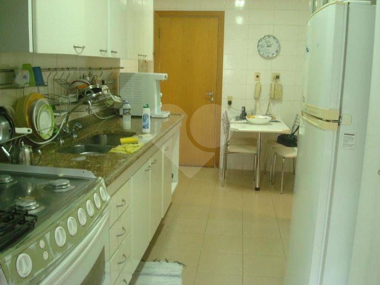 Apartamento de 3 dormitórios em Boaçava, São Paulo - SP