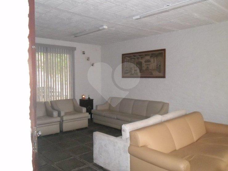 Casa de 8 dormitórios em Campo Belo, São Paulo - SP
