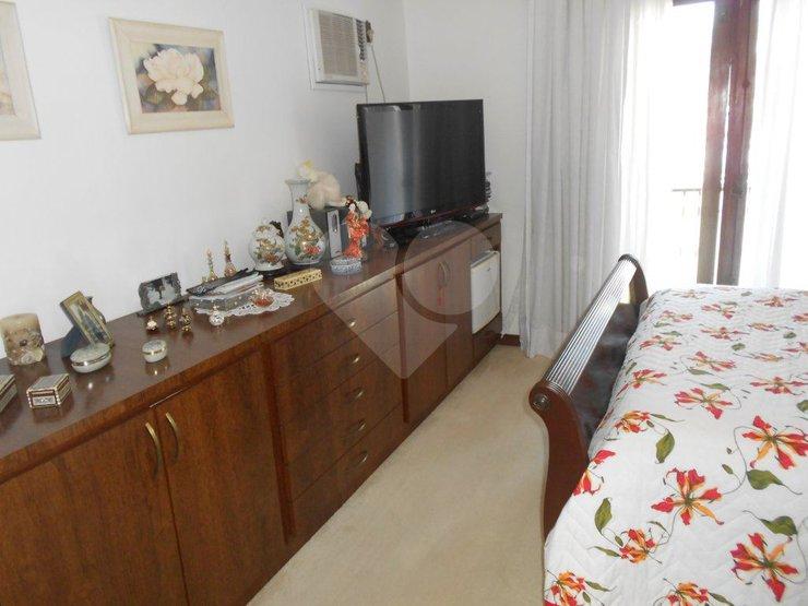 Casa de 5 dormitórios à venda em Jardim Petrópolis, São Paulo - SP
