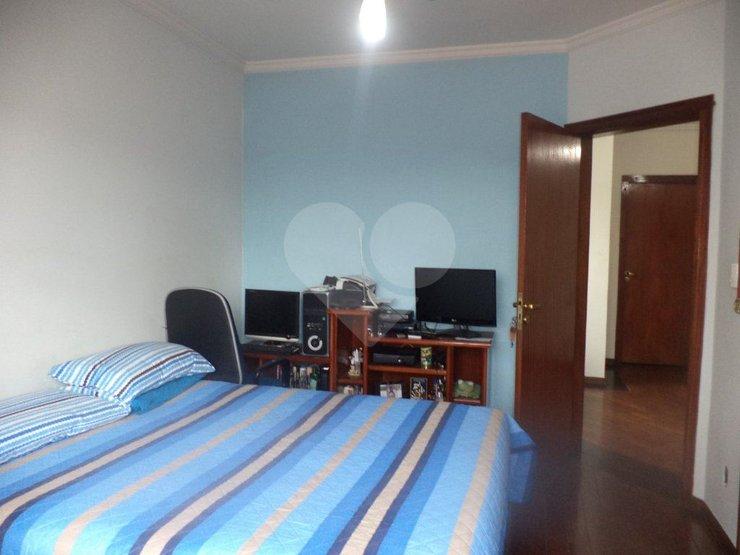 Casa de 3 dormitórios em Vila Congonhas, São Paulo - SP
