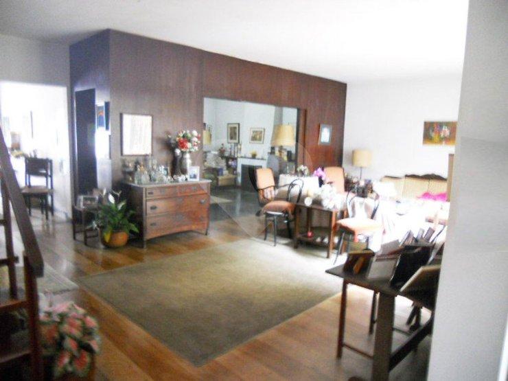 Padrão de 6 dormitórios à venda em Chácara Santo Antônio (Zona Sul), São Paulo - SP