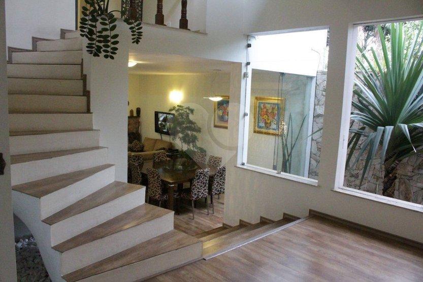Casa de 4 dormitórios em Brooklin Paulista, São Paulo - SP