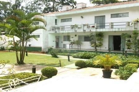 Casa de 4 dormitórios em Jardim Santa Helena, São Paulo - SP
