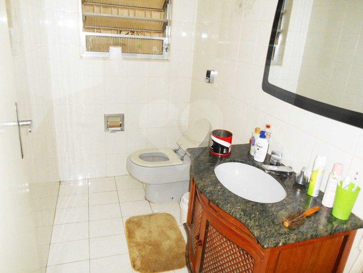Casa de 4 dormitórios à venda em Parque Colonial, São Paulo - SP
