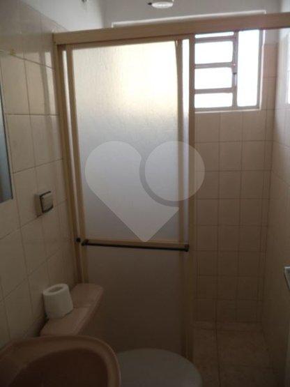 Casa de 2 dormitórios em Vila Alexandria, São Paulo - SP