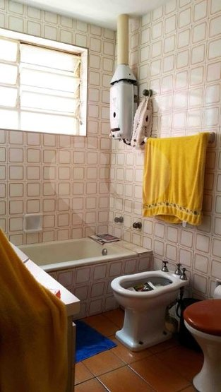 Padrão de 2 dormitórios à venda em Vila Cordeiro, São Paulo - SP