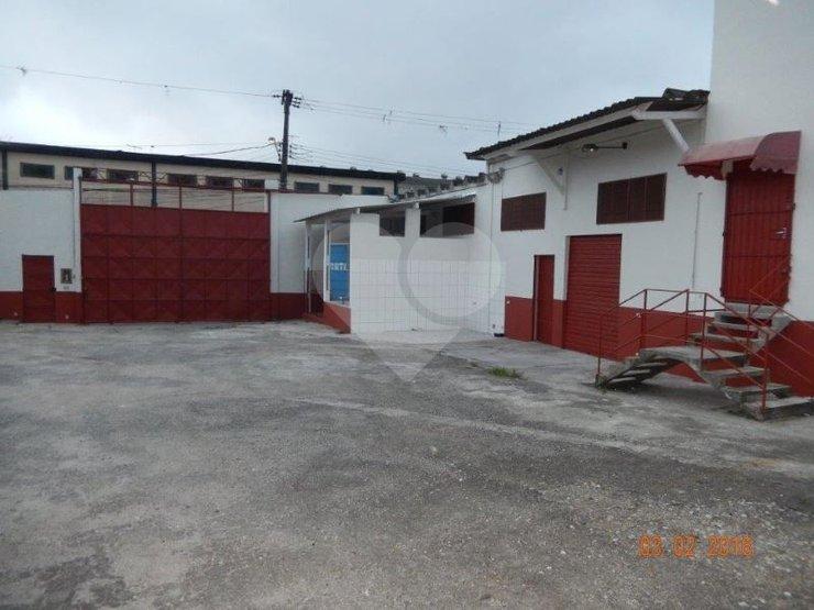 Galpão à venda em Vila Marari, São Paulo - SP