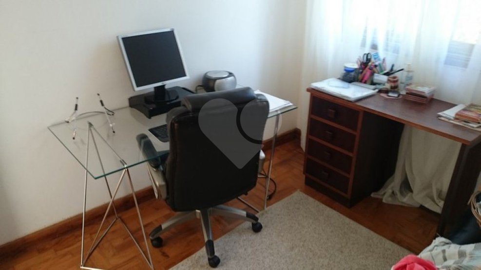 Casa de 3 dormitórios em Vila Cordeiro, São Paulo - SP