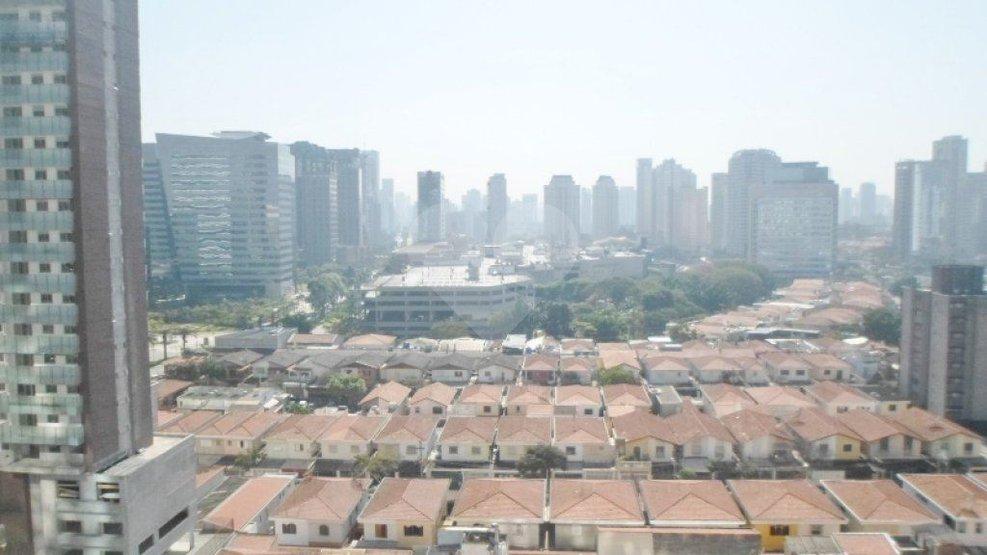Sala em Vila São Francisco (Zona Sul), São Paulo - SP