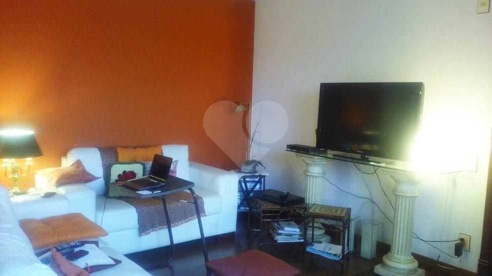 Apartamento de 3 dormitórios à venda em Jardim Das Acácias, São Paulo - SP