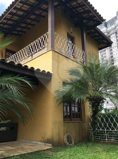 Casa de 6 dormitórios à venda em Jardim Panorama, São Paulo - SP