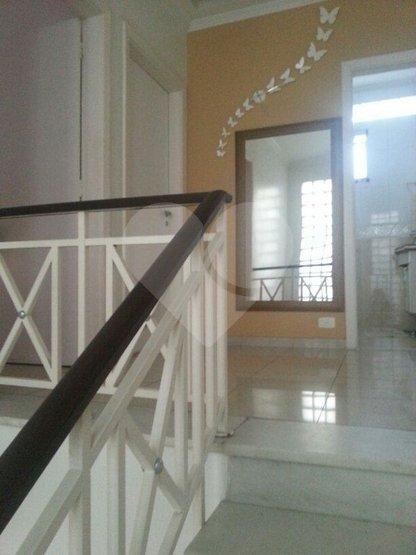 Casa de 4 dormitórios à venda em Vila Elvira, São Paulo - SP