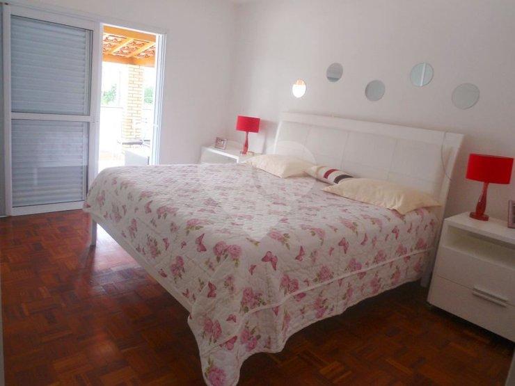 Padrão de 4 dormitórios em Jardim Dos Lagos, São Paulo - SP