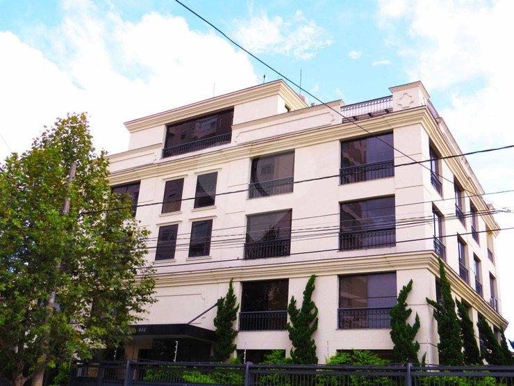Prédio Inteiro de 2 dormitórios em Vila Cordeiro, São Paulo - SP