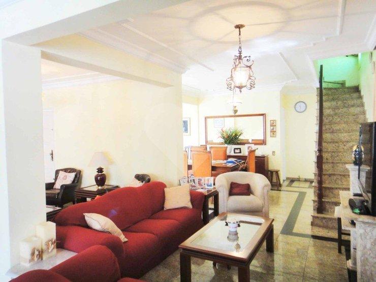 Padrão de 3 dormitórios à venda em Jardim Luanda, São Paulo - SP