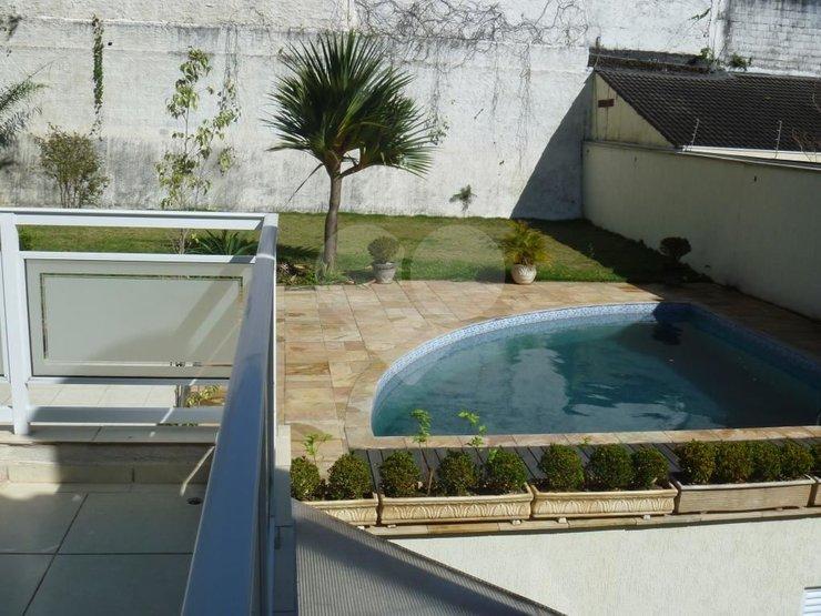 Casa de 5 dormitórios em Jardim Prudência, São Paulo - SP