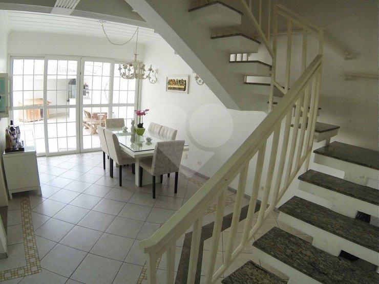Casa de 3 dormitórios à venda em Jardim Campo Grande, São Paulo - SP