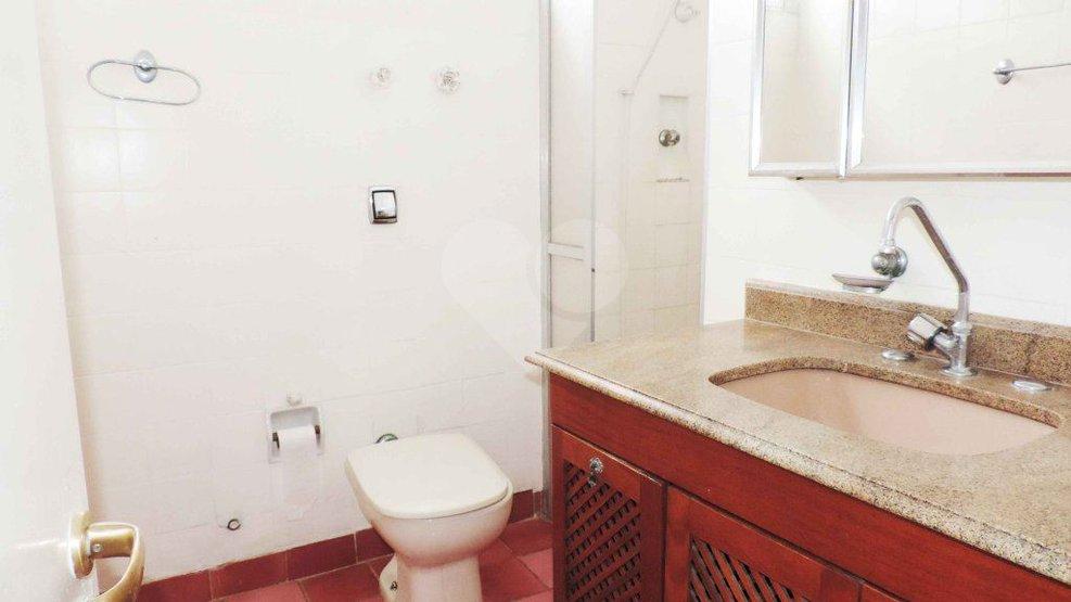 Padrão de 3 dormitórios à venda em Campo Belo, São Paulo - SP