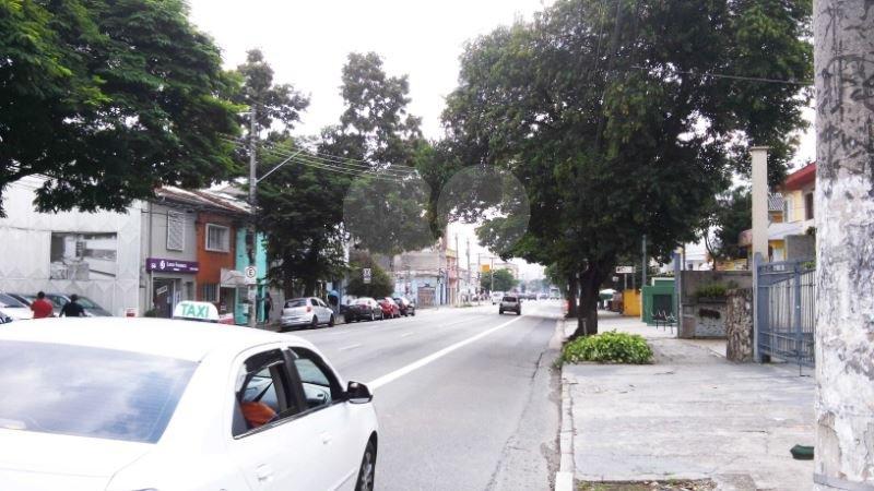Prédio Inteiro em Lapa, São Paulo - SP