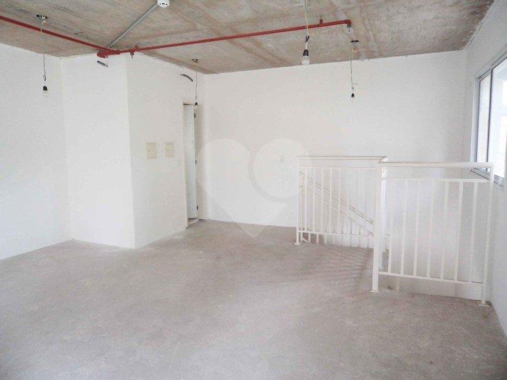 Sala em Vila Almeida, São Paulo - SP