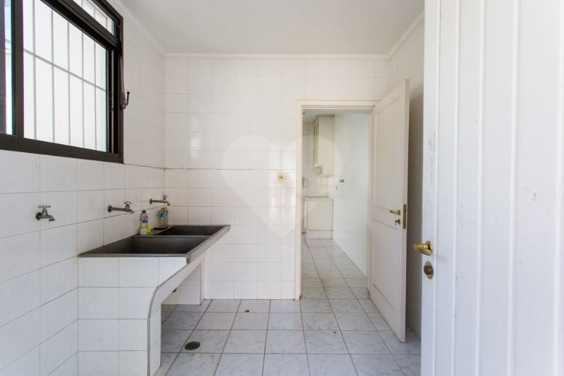 Casa de 5 dormitórios em Granja Julieta, São Paulo - SP