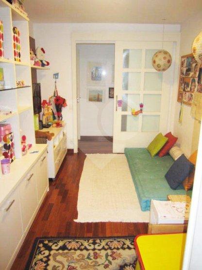 Apartamento de 4 dormitórios à venda em Jardim Morumbi, São Paulo - SP