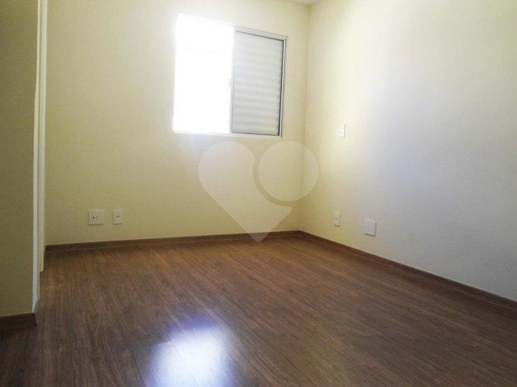 Casa de 3 dormitórios em Capela Do Socorro, São Paulo - SP
