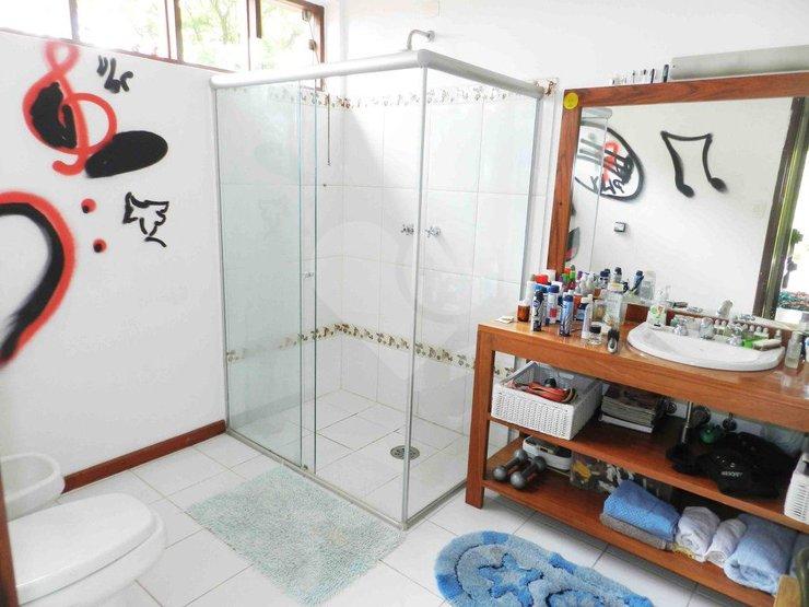 Casa de 3 dormitórios à venda em Jardim Cordeiro, São Paulo - SP