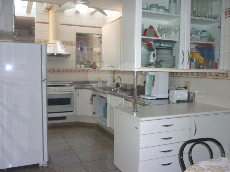 Casa de 4 dormitórios à venda em Granja Julieta, São Paulo - SP