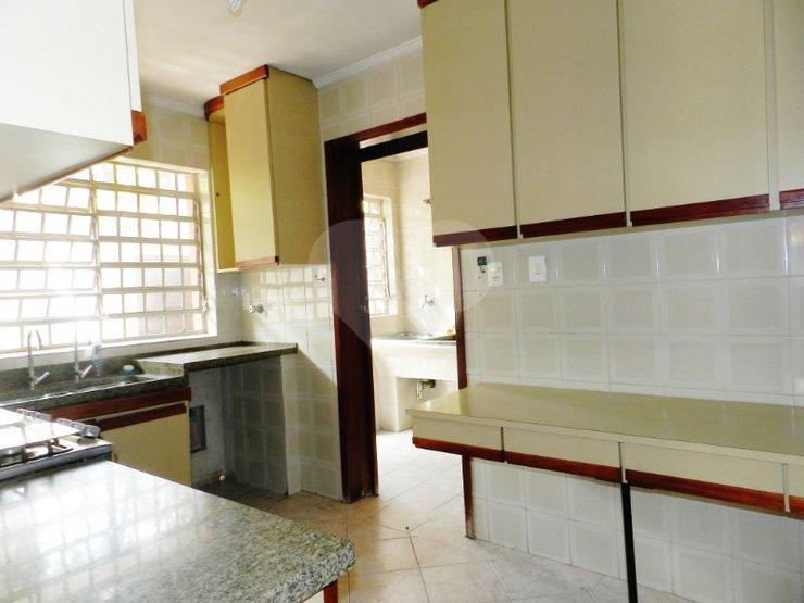 Casa de 5 dormitórios em Jardim Dos Estados, São Paulo - SP