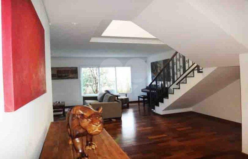Casa de 3 dormitórios em Brooklin Novo, São Paulo - SP