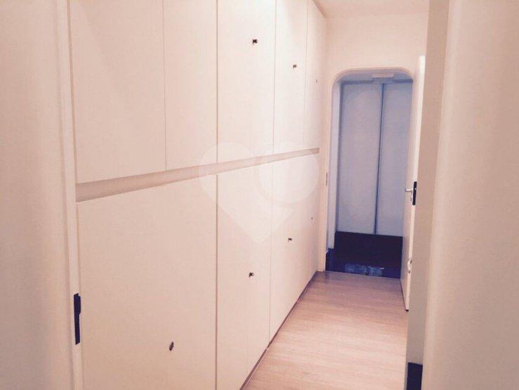 Cobertura de 4 dormitórios em Santa Cecília, São Paulo - SP