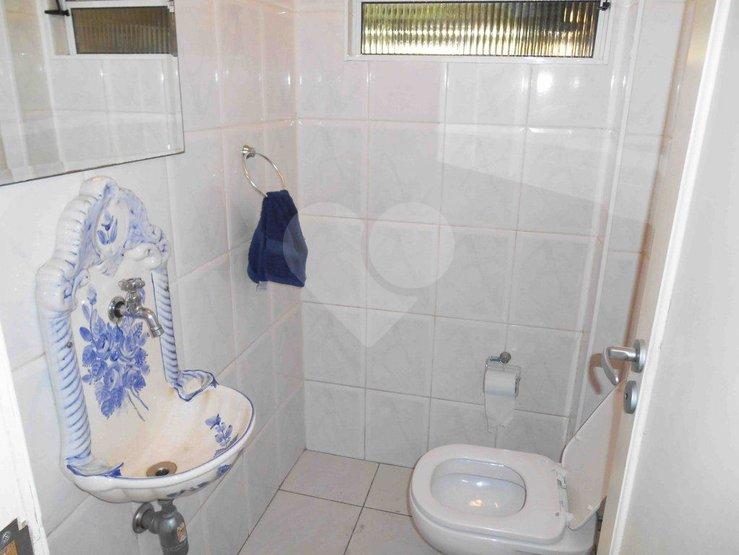 Padrão de 2 dormitórios à venda em Campo Belo, São Paulo - SP