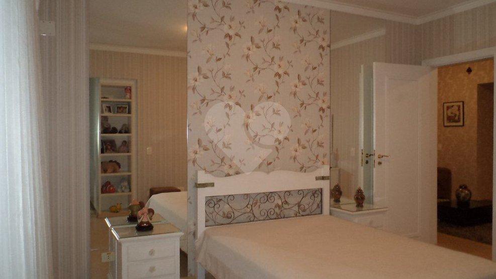 Apartamento de 4 dormitórios em Santo Amaro, São Paulo - SP