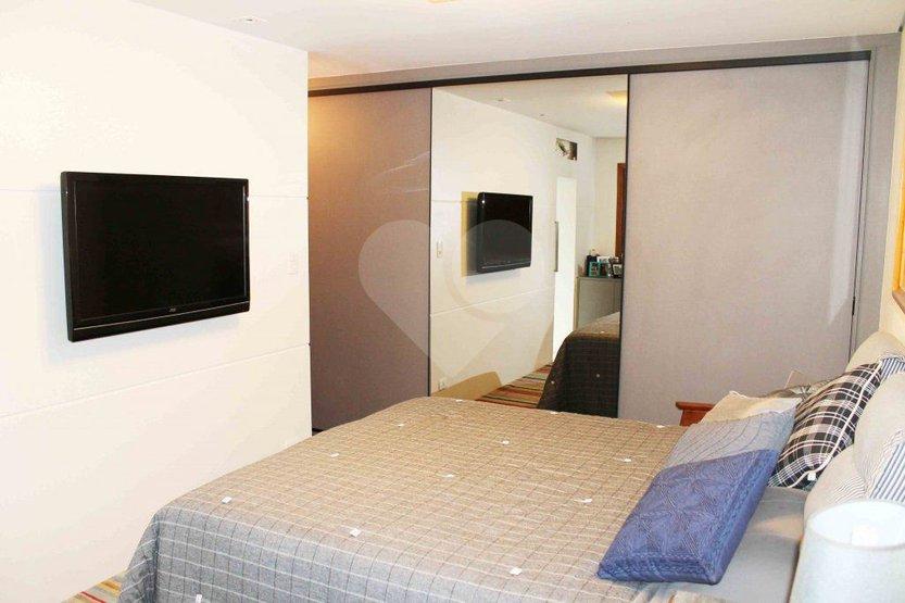 Casa de 3 dormitórios em Jardim Santo Amaro, São Paulo - SP