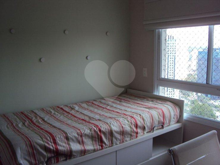 Apartamento de 2 dormitórios à venda em Vila Gertrudes, São Paulo - SP