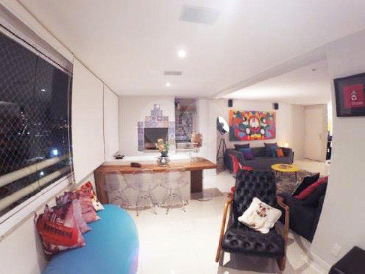 Apartamento de 3 dormitórios em Paraíso Do Morumbi, São Paulo - SP