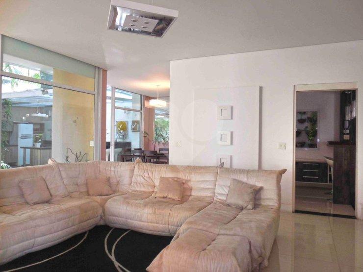 Casa de 5 dormitórios à venda em Jardim Cordeiro, São Paulo - SP