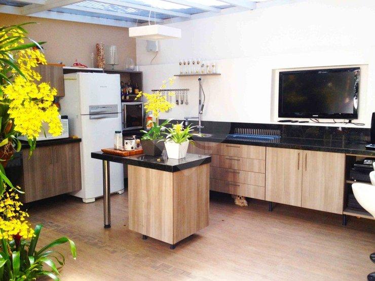 Casa de 5 dormitórios em Jardim Cordeiro, São Paulo - SP