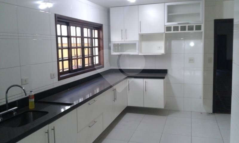 Casa de 3 dormitórios em Jardim Das Acácias, São Paulo - SP