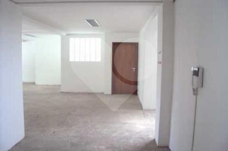 Prédio Inteiro de 12 dormitórios à venda em Santo Amaro, São Paulo - SP